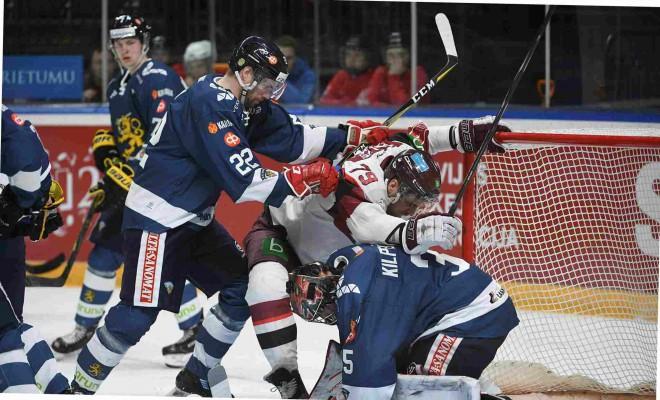Hokeja izlases uzbrucēji turpinās meklēt laimi pie Somijas vārtiem