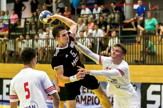 Latvijas U-18 handbolisti pret mājinieci Austriju lūkos tikt pie pirmās uzvaras
