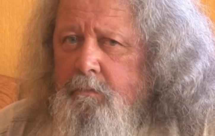 Dziesminiekam Haraldam Sīmanim nodegusi māja. Aicinājums palīdzēt!