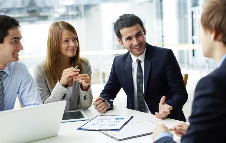 Ceļā uz darbu starptautiskā uzņēmumā – ar ko sākt?