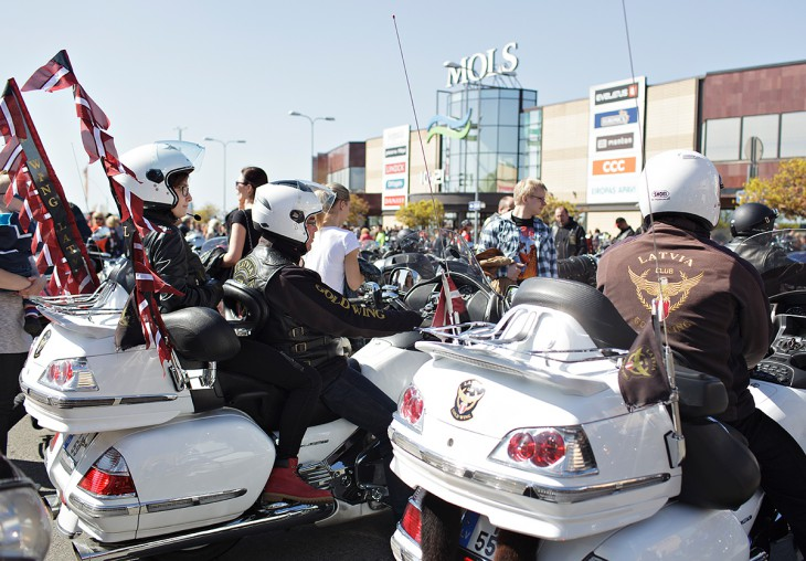 Ar tradicionālo motociklu parādi atklās 2015.gada motosezonu