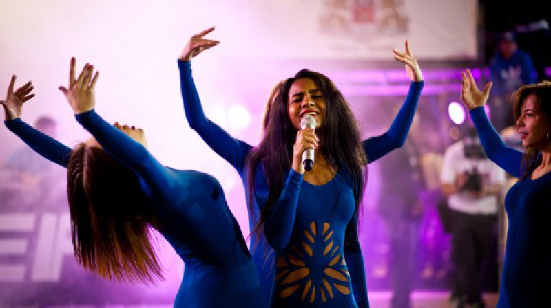 """Ghetto Games"" finālu starplaikos 2013. gada ""Ghetto Factor"" finālistes Aminatas Savodogo šovs Foto: Renārs Koris"
