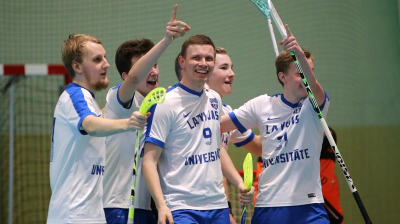 """""""Latvijas Universitāte/FS Masters"""" Foto: Ritvars Raits, floorball.lv"""