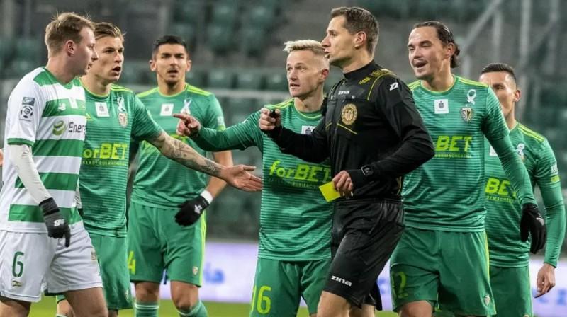 Igors Tarasovs (otrais no labās). Foto: slaskwroclaw.pl