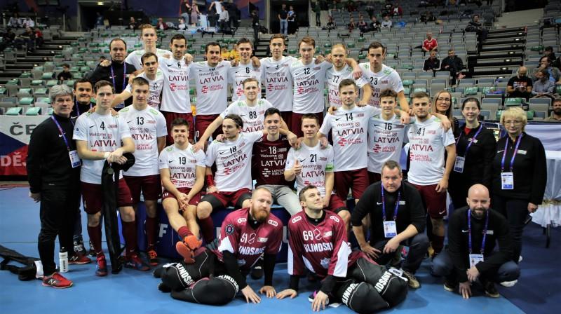Latvijas izlase - piektā labākā pasaulē! Foto: Ritvars Raits, floorball.lv