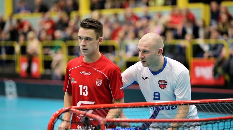 """Mačā pret """"Ķekavu"""" uzvaras vārtus lielvārdiešu labā guva Sandis Mihailovskis (#13). Foto: Ritvars Raits, floorball.lv"""