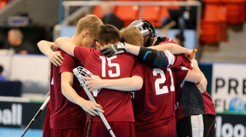 Latvijas vīriešu U19 izlase florbolā. Foto: Ritvars Raits, floorball.lv