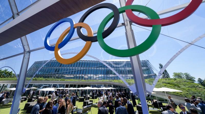Delegāti SOK Sesijā gatavojas balsojumam par 2026. gada ziemas olimpisko spēļu rīkošanu. Foto: zumapress.com/Scanpix