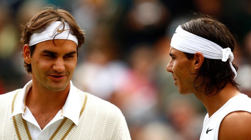 Rodžers Federers un Nadals savā iepriekšējā Vimbldonas mačā 2008. gadā. Foto: Action Images/Scanpix