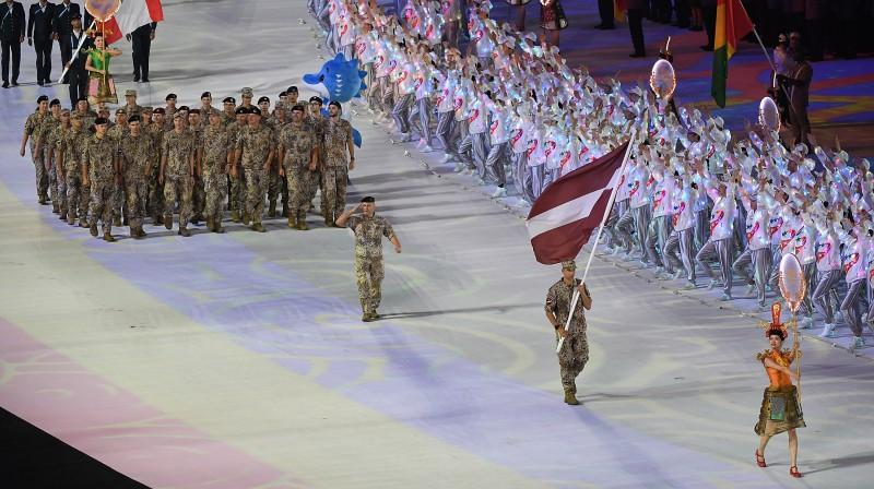 Latvijas delegācija pasaules militārpersonu spēļu atklāšanas ceremonijā. Foto: zumapress.com/Scanpix