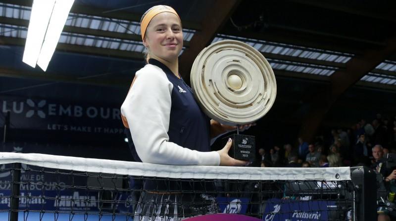 Aļona Ostapenko ar trešo WTA vienspēļu titulu. Foto: imago/Scanpix