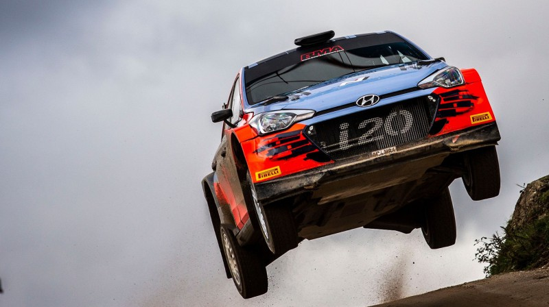 "Nikolaja Grjazina ""Hyundai"" ekipāža. Foto: Facebook.com/gryazin.nikolay"