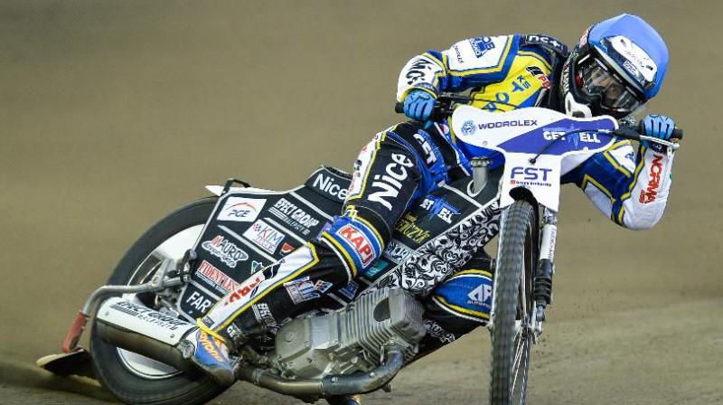 """2012. gada pasaules čempions austrālietis Kriss Holders ir vienīgais Toruņas """"Apator"""" komanda, kurš braucis Daugavpils mototrekā."""