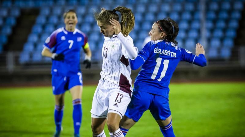 Sandra Voitāne pret Islandes izlasi. Foto: LFF