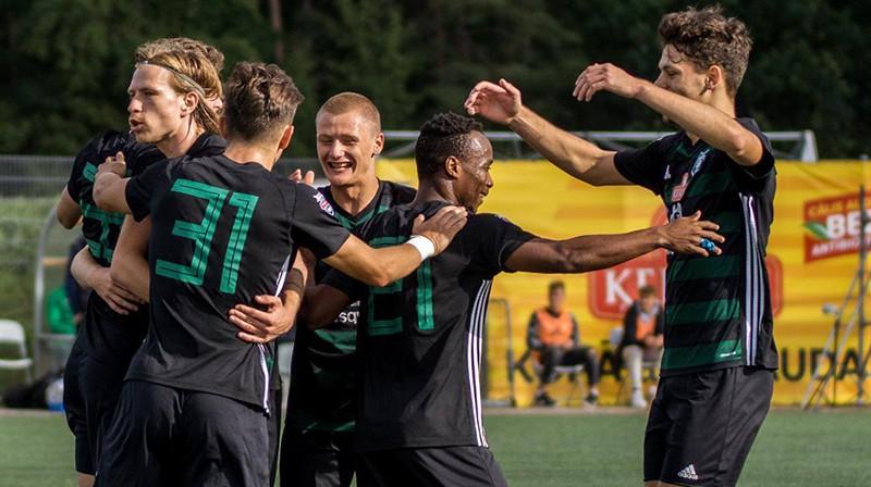"""""""Audas"""" futbolisti svin vārtu guvumu. Foto: FK Auda"""