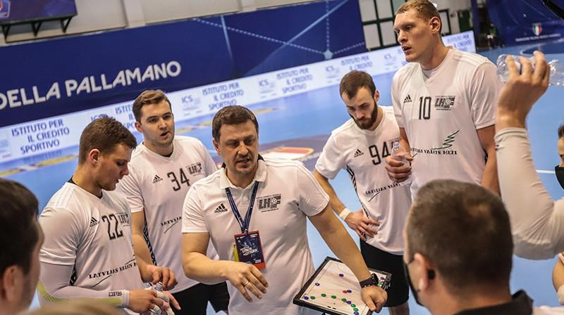 Latvijas handbola izlases treneris Sandris Veršakovs. Foto: Isabella Gandolfi