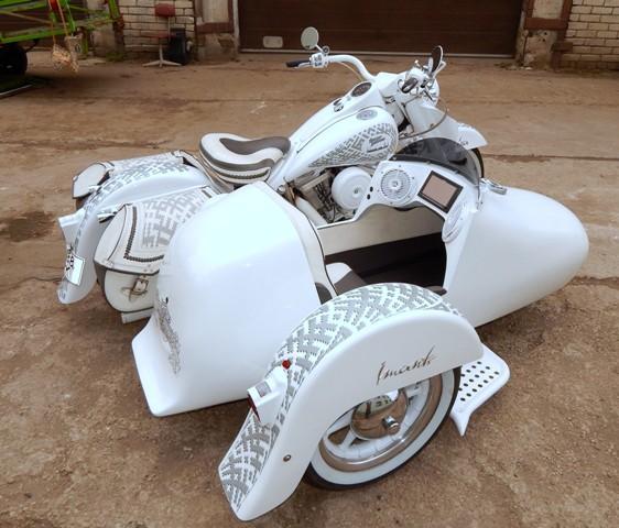 """Motociklam """"Vaira"""" tagad arī blakusvāģis """"Imants"""""""