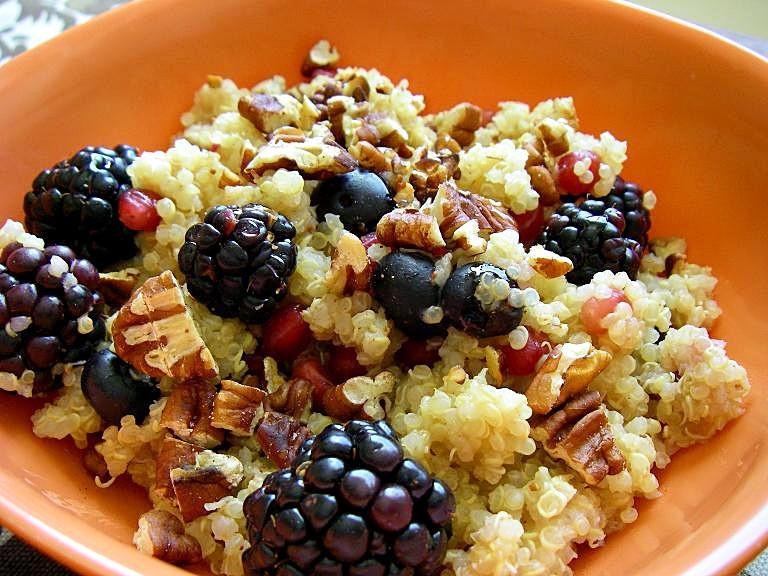 Brokastīs - kvinoja