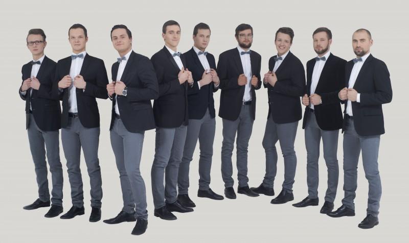 """Ballīte uz un pie skatuves – """"Bunch of Gentlemen"""""""