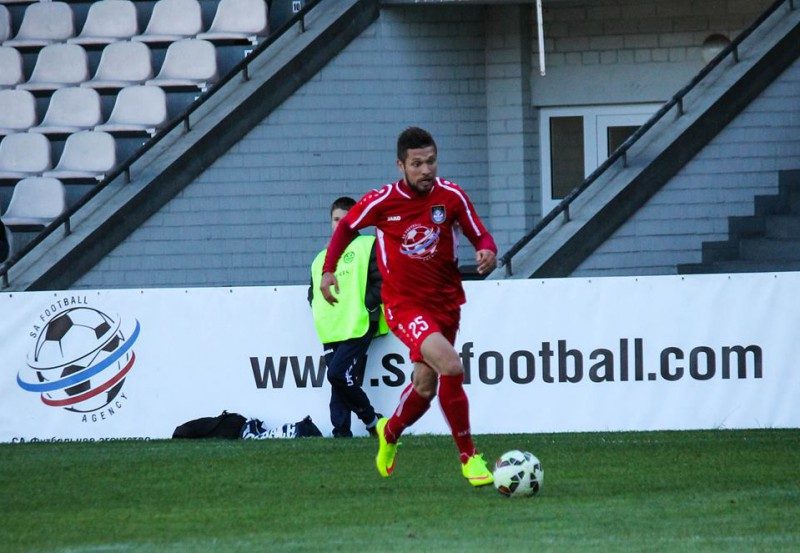 Karašausks karjeru turpinās Šveices otrajā līgā