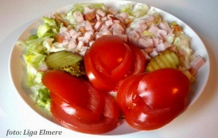 Cēzara salāti Līgas gaumē