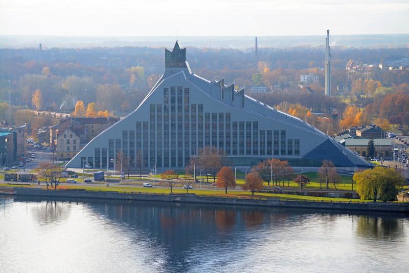 Latvijas Nacionālajā bibliotēkā tiks atklāta adīto mežģīņu izstāde