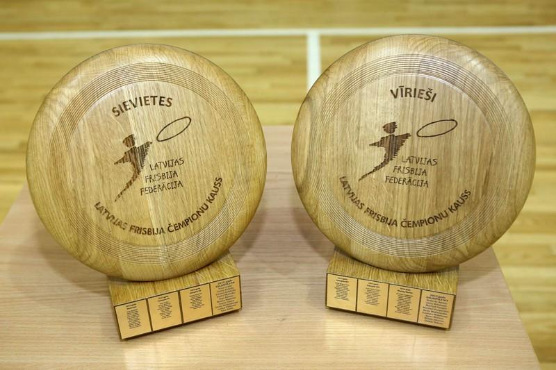 Salaspilī kronēs Latvijas čempionus telpu frisbijā