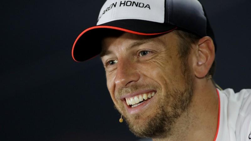 """Monako posmā Alonso """"McLaren"""" komandā aizvietos Batons"""