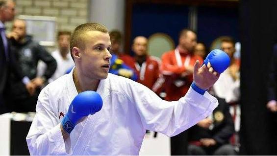 Karatists Kalniņš izcīna Eiropas čempionāta bronzas medaļu