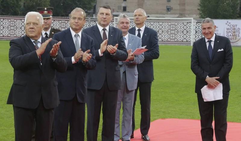 Rīgā atklātas 5. pasaules strādājošo un amatieru sporta spēles
