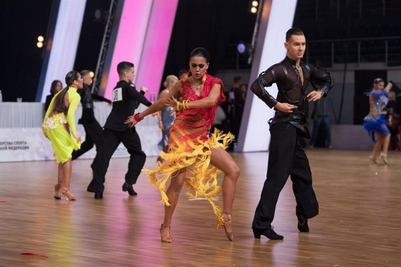 Latvijai fināls Eiropas čempionātā Latīņamerikas dejās jauniešiem