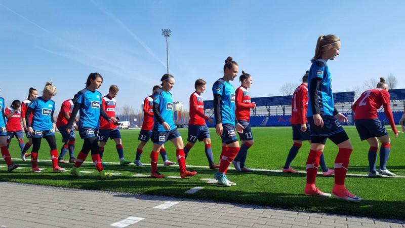 Latvijas spēcīgākās sieviešu futbola komandas cieš smagas neveiksmes jaunās Baltijas līgas ievadā