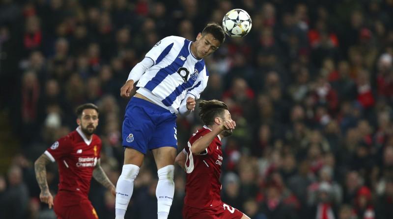 """Mančestras """"United"""" par 22 miljoniem nopērk perspektīvu portugāļu aizsargu"""