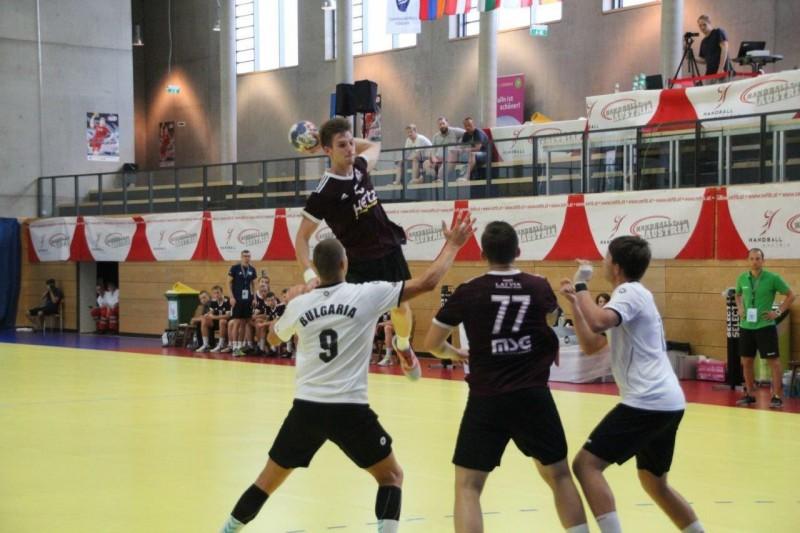 Latvijas U-18 handbola izlasei izšķirošā cīņa par pusfinālu pret Nīderlandi
