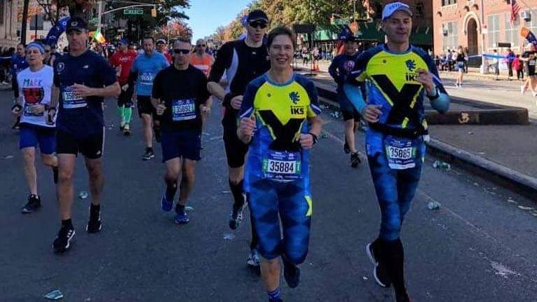 Igaunijas prezidente četrās stundās noskrien Ņujorkas maratonu