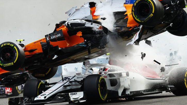 """FIA secinājums: ja nebūtu """"halo"""" ierīces, Leklērs varēja aiziet bojā"""
