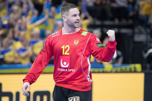 Pasaules čempionātā favorītu diena - uzvaras Spānijai, Horvātijai, Katarai, Zviedrijai