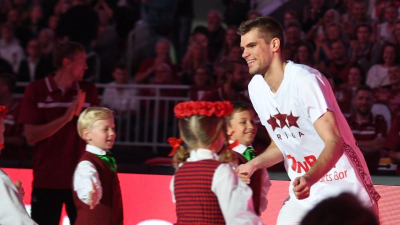 Latvijas izlases uzbrucējs Siliņš tuvu līgumam ar ULEB Eirokausa komandu