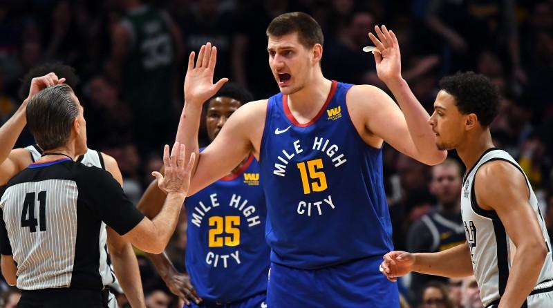 """Dāvja Bertāna Sanantonio """"Spurs"""" centīsies no Denveras aizbraukt ar otro uzvaru"""