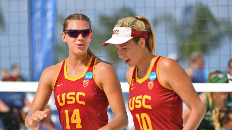 Graudiņas USC izcīna komfortablas uzvaras un iekļūst NCAA pusfinālā
