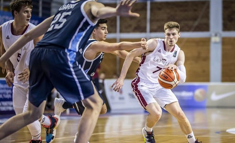 Latvijas U19 izlase galotnē zaudē Argentīnai un PK noslēdz 12. vietā