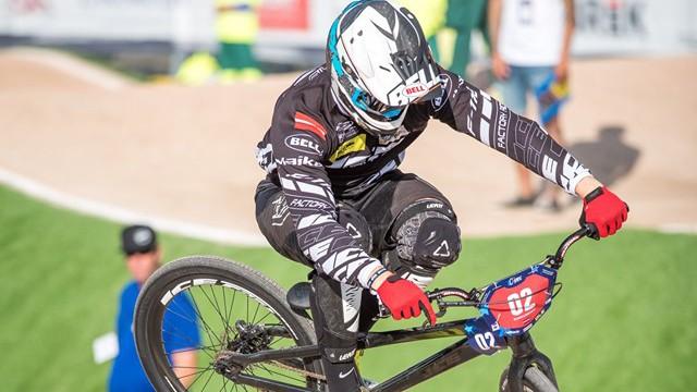 Latvietis Lisovskis izcīna uzvaru Eiropas BMX čempionāta krūzeru grupā