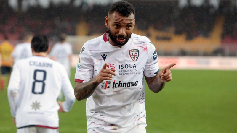 """""""Cagliari"""" un """"Sampdoria"""" cīņā četri vārti septiņās minūtēs un drāma galotnē"""