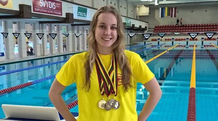 Baikova otro reizi šomēnes labo Latvijas rekordu 400 metros brīvajā stilā