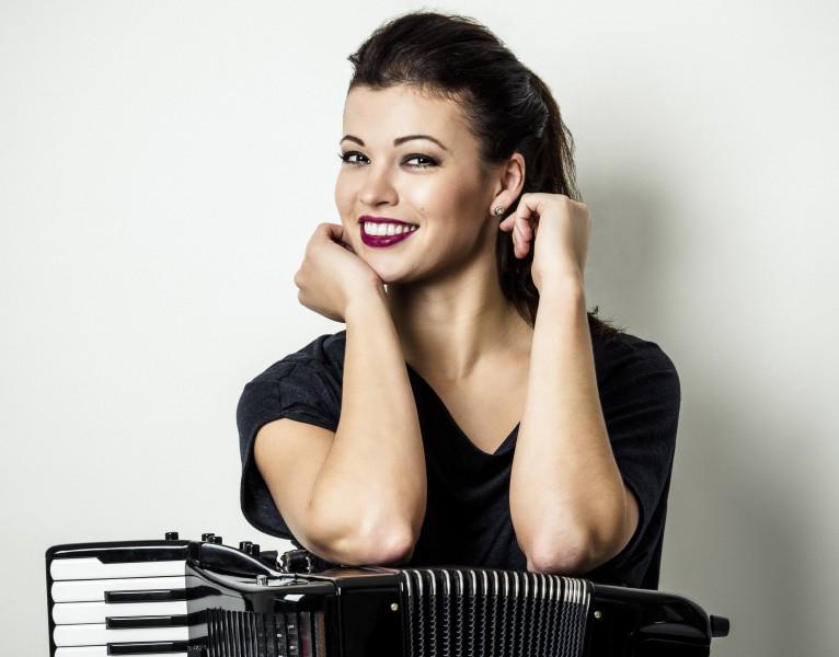 Ksenija Sidorova un Daniils Bulajevs – LNSO Vecgada koncerts žilbina ar solistiem