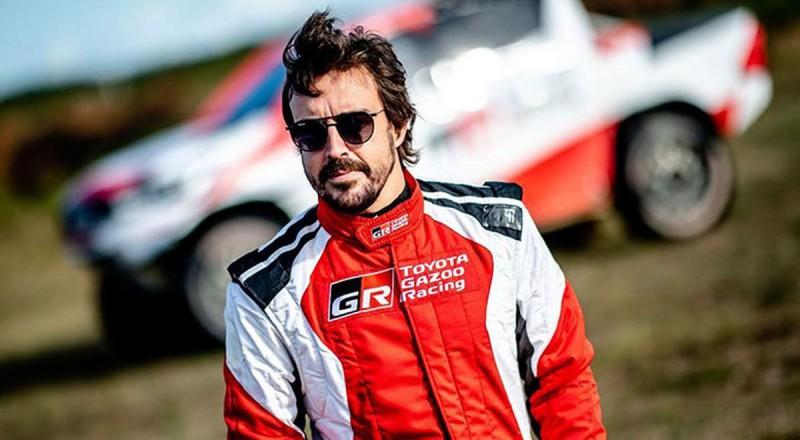 """Alonso trešo reizi karjerā gatavojas parakstīt līgumu ar """"Renault"""""""
