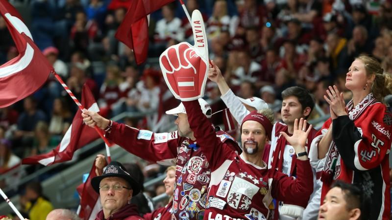 PČ favorīte Latvija virtuāli sagrauj Kanādu un iekļūst pusfinālā