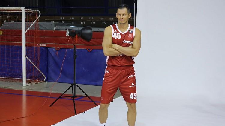 """Laksa kļūst par līderi Polijā, Blūma komanda viesos pārsteidz Boloņas """"Virtus"""""""