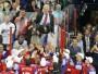 Par pasaules čempioni hokejā kļuva Krievijas izlase, kuras rindās spēlēja tādas pasaules mēroga zvaigznes kā Pāvels Dacjuks, Jevgēņijs Malkins, Aleksandrs Ovečkins un citi. Grupu turnīrā krievi uzvarēja visās septiņās spēlēs, pārliecinošākās uzvaras svinot pret tuvāko sekotāji Zviedriju (7:3) un pastarīti Itāliju (4:0). 1/4 finālā Krievija tikai trešajā trešdaļā salauza Norvēģijas pretestību (5:2) un abos nākamajos mačos ielaida pirmā, tomēr zelts tika iegūts itin pārliecinoši - gan Somija pusfinālā, gan Slovākija finālā tika sakauta ar 6:2. Šā gada čempionāts notika divās valstīs - Somijā un Zviedrijā.