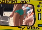 "Video: King of the beach: ""Uzmini nu"" - no viņa bloka baidās..."